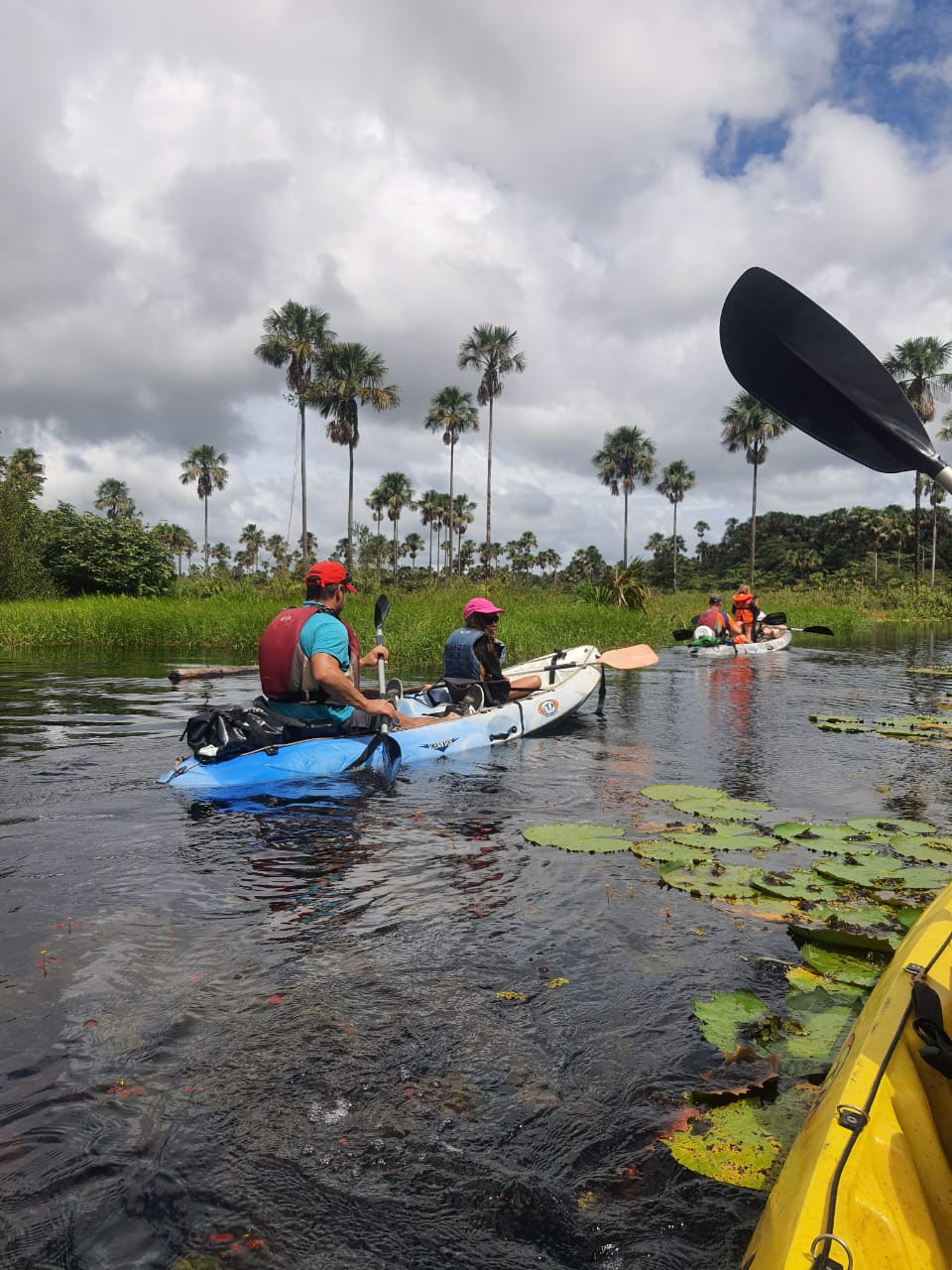 Balade sur le Lac Pali en canoë Kayak